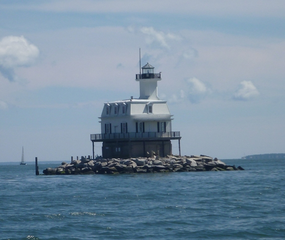 Brett fancied this lighthouse off Orient as a home...ah I don't think so.