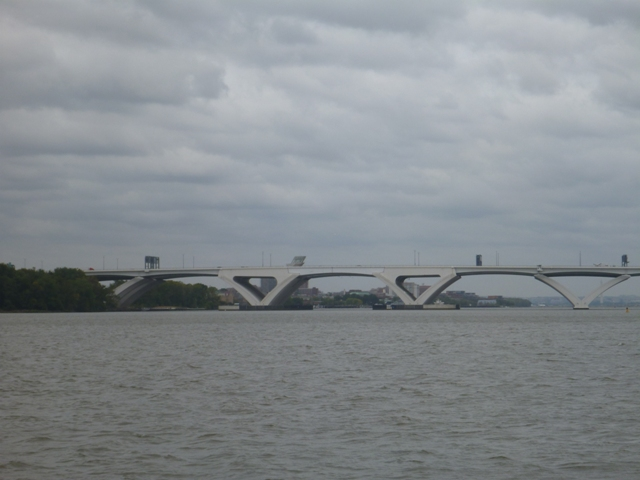 Memorial bridge on entry into Washington DC