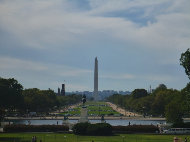 From the US Capitol through the National Mall to the Washington Monument