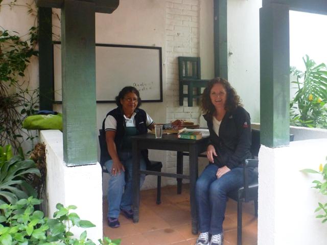 Aura mi maestra( teacher) in our outdoor classroom