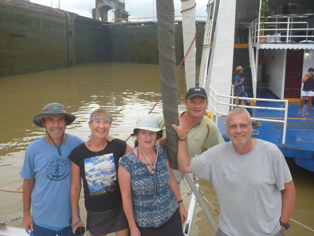 The Seismic Wave Canal Crew in Miraflores lock